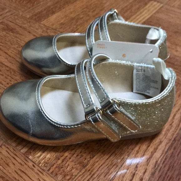 897bce91c669 Gymboree toddler girls size 6 gold shoes